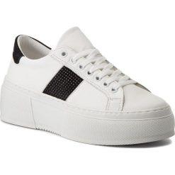 Sneakersy BRONX - BsaharX 66189-A White/Black 204. Czarne sneakersy damskie marki Bronx, z materiału. W wyprzedaży za 329,00 zł.