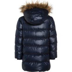 Friboo Płaszcz zimowy navy blazer. Czerwone kurtki chłopięce marki Friboo, z materiału. W wyprzedaży za 125,30 zł.
