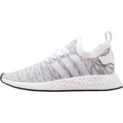 Adidas Originals NMD_R2 PK Tenisówki i Trampki white/core black. Białe tenisówki damskie marki adidas Originals, z materiału. W wyprzedaży za 629,10 zł.
