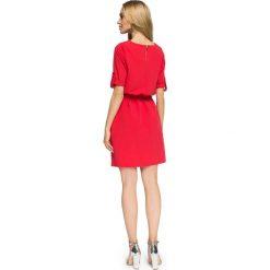FIFI Przewiązana sukienka z kieszeniami - czerwona. Czerwone sukienki hiszpanki Stylove, na co dzień, sportowe, sportowe. Za 139,99 zł.