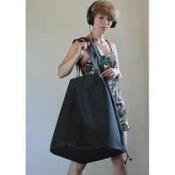 Torba z washpapa XXXL +regulacja wielkości. Szare torby na ramię męskie Pakamera, ze skóry, na ramię, duże. Za 285,00 zł.