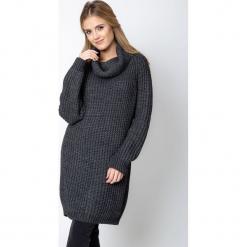 Szary długi sweter z golfem QUIOSQUE. Szare swetry oversize damskie QUIOSQUE, na zimę, z dzianiny. Za 219,99 zł.