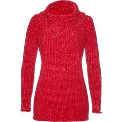 Sweter z szenili bonprix czerwony. Czerwone swetry klasyczne damskie marki bonprix, ze stójką. Za 89,99 zł.