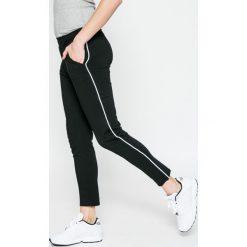 Answear - Spodnie Sporty Fusion. Szare rurki damskie ANSWEAR, z bawełny. Za 119,90 zł.
