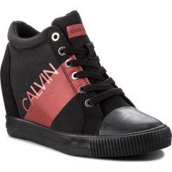 Sneakersy CALVIN KLEIN JEANS - Roxanna RE9806 Black/Metal Red. Czarne sneakersy damskie marki Calvin Klein Jeans, z gumy. Za 569,00 zł.