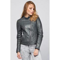 Kurtki damskie: Skórzana kurtka w kolorze szarym