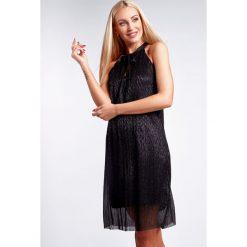 Czarna Połyskująca Sukienka 9483. Czarne sukienki Fasardi. Za 69,00 zł.