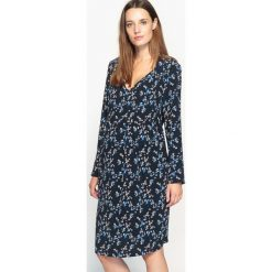 Długie sukienki: Ciążowa sukienka w kwiaty