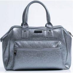 Duża połyskująca torba. Szare shopper bag damskie Monnari, w paski, ze skóry, duże. Za 103,60 zł.