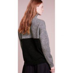 Swetry klasyczne damskie: J.LINDEBERG MYRNA FINE Sweter grey