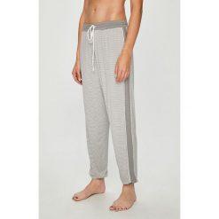 Dkny - Spodnie piżamowe. Szare piżamy damskie DKNY, m, z dzianiny. W wyprzedaży za 239,90 zł.