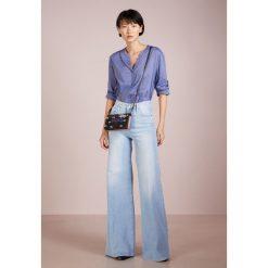 BOSS CASUAL EFELIZE Bluzka open blue. Niebieskie bluzki damskie BOSS Casual, z bawełny, casualowe. Za 379,00 zł.