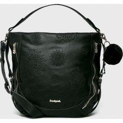 Desigual - Torebka. Czarne torebki klasyczne damskie Desigual, z haftami, z materiału, duże, z haftem. Za 349,90 zł.