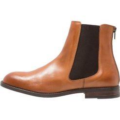 KIOMI Botki cognac. Brązowe buty zimowe męskie KIOMI, z materiału. Za 379,00 zł.