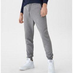 96981a3bdf0e8 Spodnie dresowe męskie ze sklepu House - Zniżki do 80%! - Kolekcja ...