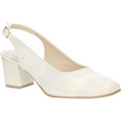 Czółenka na słupku Casu 1769. Czerwone buty ślubne damskie marki Melissa, z kauczuku. Za 99,99 zł.