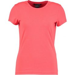 Odzież damska: Armani Exchange Tshirt basic poppy red