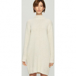 Dzianinowa sukienka oversize - Kremowy. Białe sukienki dzianinowe marki Sinsay, l, oversize. Za 99,99 zł.