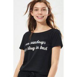 Piżamy damskie: Dwuczęściowa piżama z hasłem – Czarny