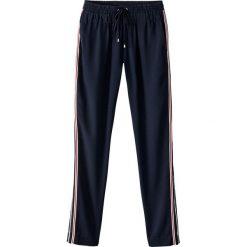 Spodnie dresowe damskie: Spodnie dresowe