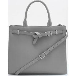 Duża torebka z odpinanym paskiem - Szary. Szare torebki klasyczne damskie Reserved, duże. Za 129,99 zł.