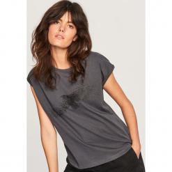 T-shirt z błyszczącym nadrukiem - Szary. Szare t-shirty damskie Reserved, l, z nadrukiem. Za 24,99 zł.