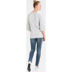 Bluzy rozpinane damskie: Supermom EYELET Bluza light grey
