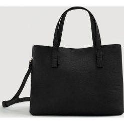 Mango - Torebka Sil. Czarne torebki klasyczne damskie Mango, w paski, z materiału, duże. W wyprzedaży za 49,90 zł.