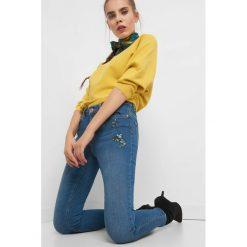 Jeansy skinny z haftem. Czarne jeansy damskie marki Orsay, xs, z bawełny, z dekoltem na plecach. Za 139,99 zł.