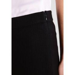Boyfriendy damskie: Tiger of Sweden Jeans WONTED Spodnie materiałowe black