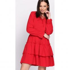 Czerwona Sukienka Suave. Czerwone sukienki hiszpanki Born2be, uniwersalny, mini. Za 79,99 zł.