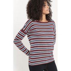 Kardigany damskie: Sweter w cienkie paski z włókien metalicznych