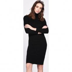 Czarna Sukienka Disconcerted. Czarne sukienki dzianinowe Born2be, na jesień, l, oversize. Za 79,99 zł.