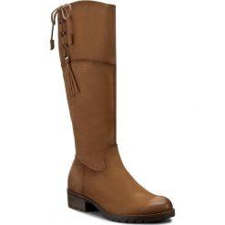 Kozaki TAMARIS - 1-25509-27 Muscat 311. Brązowe buty zimowe damskie Tamaris, z nubiku, przed kolano, na wysokim obcasie, na obcasie. W wyprzedaży za 269,00 zł.