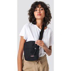 Eastpak Torba The One - Black. Czarne torebki klasyczne damskie Eastpak, w paski. Za 121,95 zł.