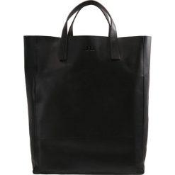 J.LINDEBERG TOTE RAW  Torba na zakupy black. Czarne shopper bag damskie J.LINDEBERG. W wyprzedaży za 524,50 zł.