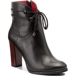 Botki KARINO - 1828/126-P Czarne/Wel. Fioletowe buty zimowe damskie marki Karino, ze skóry. W wyprzedaży za 239,00 zł.