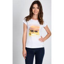 Bluzki asymetryczne: Biała bluzka ze słoniami QUIOSQUE