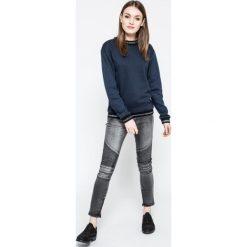 Vero Moda - Bluza. Niebieskie bluzy damskie marki Vero Moda, z bawełny. W wyprzedaży za 69,90 zł.
