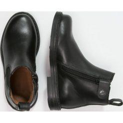 Aigle SHETLAND Botki noir. Czarne buty zimowe damskie Aigle, z materiału. W wyprzedaży za 197,45 zł.