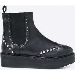 Gioseppo - Botki. Czarne buty zimowe damskie Gioseppo, z materiału, z okrągłym noskiem. W wyprzedaży za 299,90 zł.