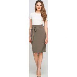Spódniczki: Khaki Spódnica Ołówkowa przed Kolano z Szarfą