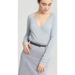 Jasnoszary Sweter Out In Front. Szare swetry klasyczne damskie marki other, na jesień, l. Za 39,99 zł.