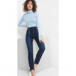 Jeansy z wysokim stanem. Niebieskie spodnie z wysokim stanem Orsay, z bawełny. Za 119,99 zł.