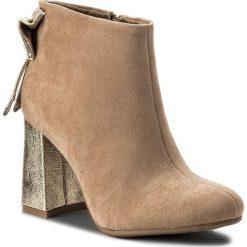 Botki JENNY FAIRY - WSG1160-3 Beżowy. Brązowe buty zimowe damskie Jenny Fairy, z materiału, na obcasie. Za 119,99 zł.