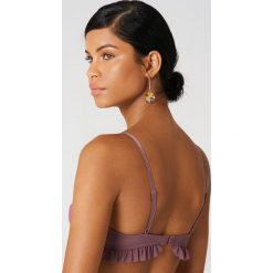 NA-KD Lingerie Siateczkowy biustonosz z falbanką - Purple. Fioletowe biustonosze z fiszbinami marki FOUGANZA, z bawełny. W wyprzedaży za 21,89 zł.