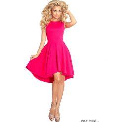 66-3 Asymetryczna sukienka - malinowa. Różowe sukienki asymetryczne Pakamera, z asymetrycznym kołnierzem, midi. Za 160,00 zł.