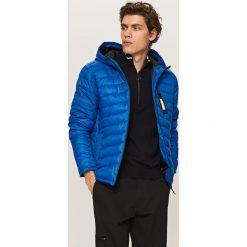 Pikowana kurtka z kapturem - Niebieski. Niebieskie kurtki męskie pikowane marki Reserved, l, z kapturem. Za 199,99 zł.