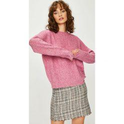 Vero Moda - Sweter. Szare swetry klasyczne damskie Vero Moda, l, z dzianiny, z okrągłym kołnierzem. Za 99,90 zł.