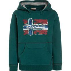Napapijri BABOS HOOD Bluza z kapturem alpine green. Niebieskie bluzy chłopięce rozpinane marki Napapijri, z bawełny. W wyprzedaży za 231,20 zł.